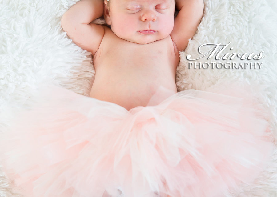 Welcome Gorgeous Grace – Niagara Newborn Photography