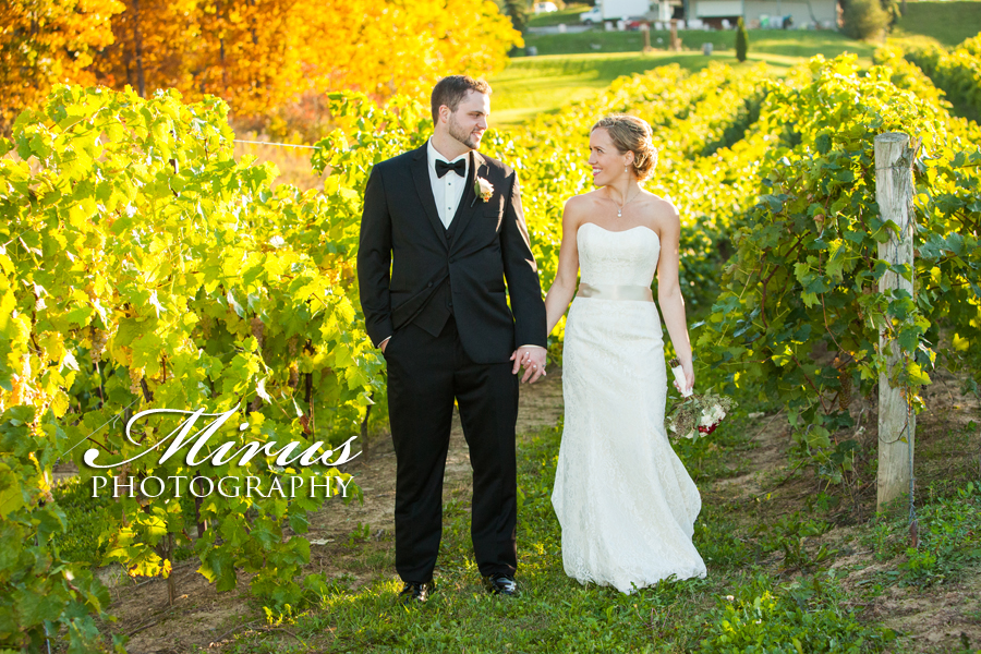 niagara_vineyard_wedding_photographers