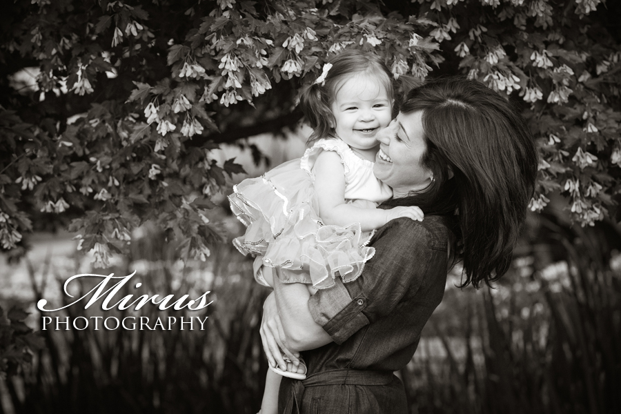 Dan, Catherine and Elia – Family Session